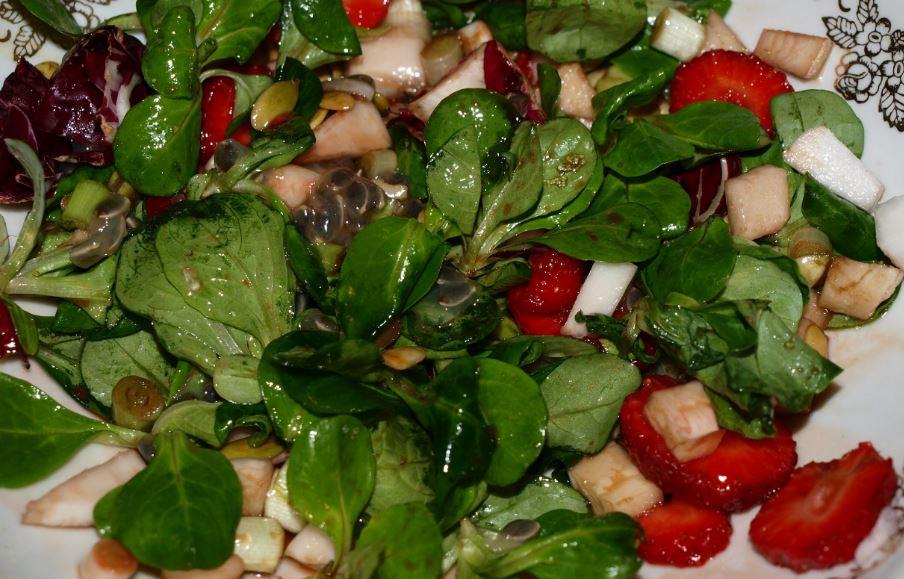 Кулинария с фотографиями из салатных листьев